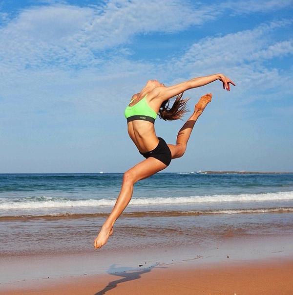 amanda-bisk-leaping
