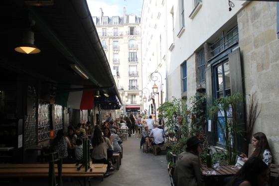 Marché_des_Enfants-Rouges,_Paris_July_2014